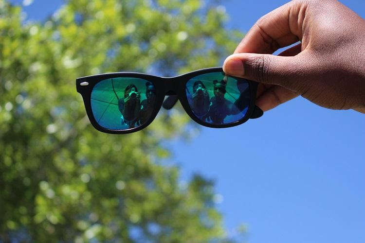 Staying+cool+through+the+shades+