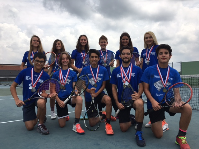 Westside+Tennis+shows+off+their+medals+from+the+District+tournament