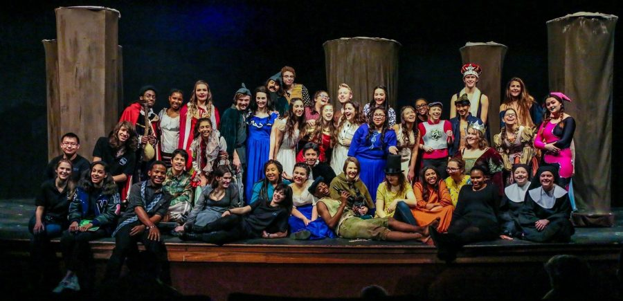 The+cast+of+Robinhood%3A+2015-16%21+Taken+by+Joe+Center%2C+a+photographer+and+proud+T-Pro+parent.