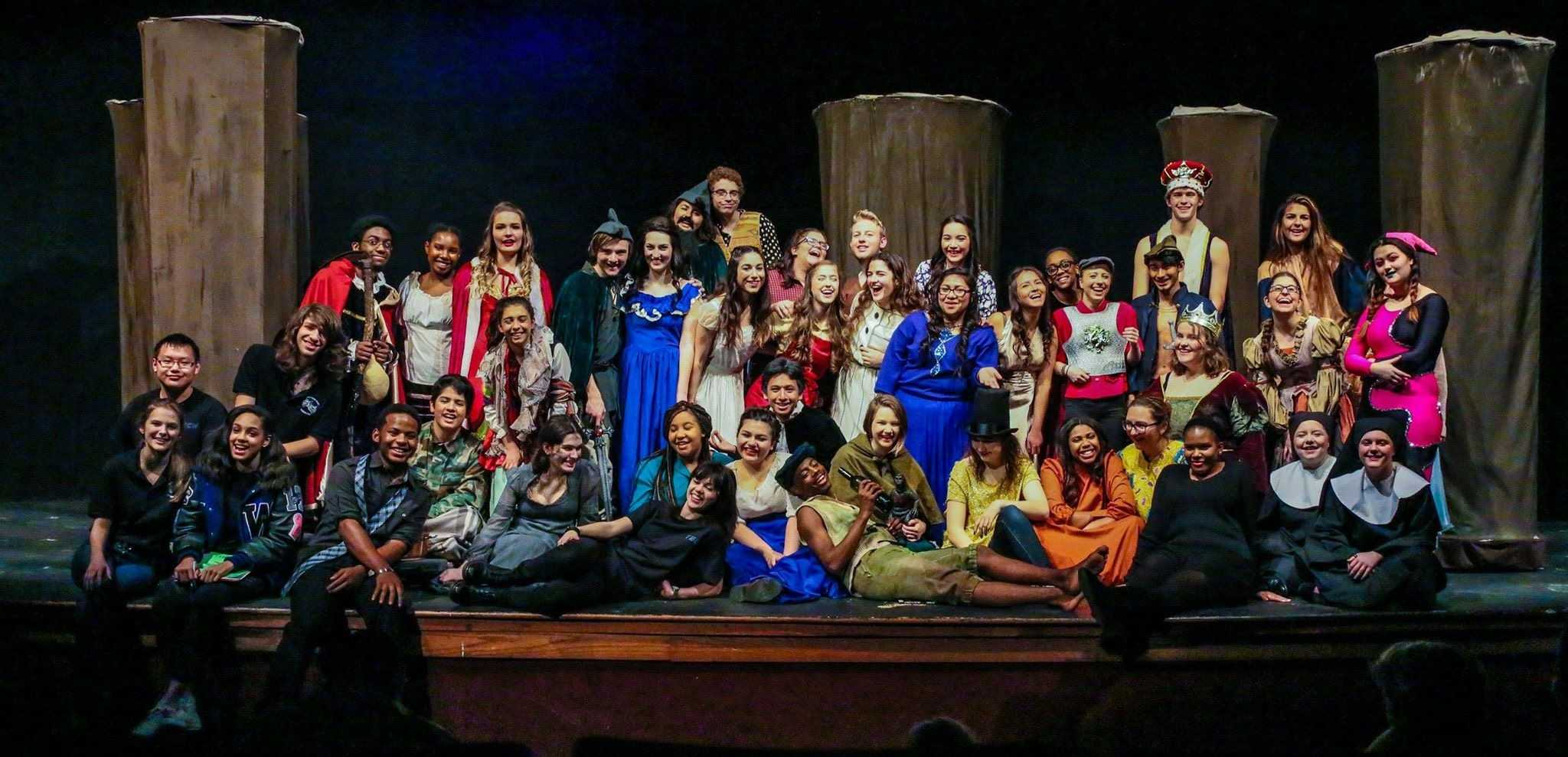 The cast of Robinhood: 2015-16! Taken by Joe Center, a photographer and proud T-Pro parent.