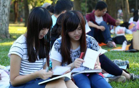 girls in reading club